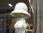 sombrero-blanco-y-foular