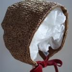Capota de seda para recién nacido