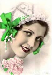 catherinette-lazo-verde-con-lilas.jpg