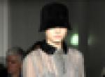 Alberta Ferretti, cloche con vestido