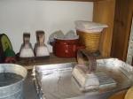 Detalle en el taller de la plancha, Sombrerería Charo Iglesias, Madrid