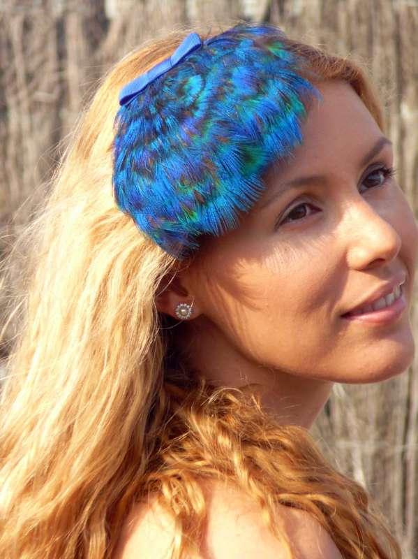 plumas-azules-con-lacito.jpg