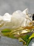 flor-restaurar-y-hojas-terciopelo