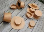 Colección de sombreros de cartón