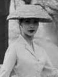 Detalle del sombrero del New Look, Dior