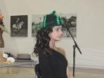 Sombrero La Bombonera de Alicia, modelo: Elena Outeiriño
