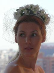 Velo corto para novia con florecillas