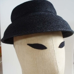 Sombrero de paja cosida