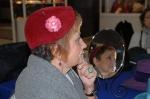En el espejo, con sombrero